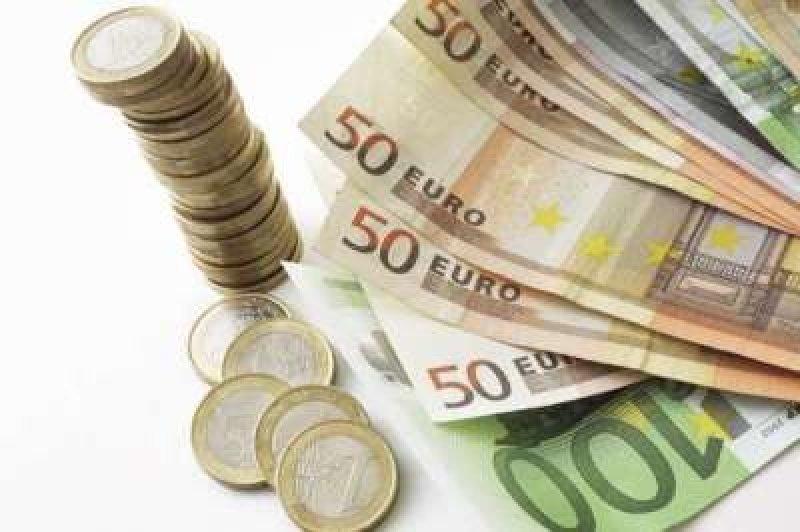 Comissão europeia ainda prevê avanço da economia da Zona do Euro em 2014